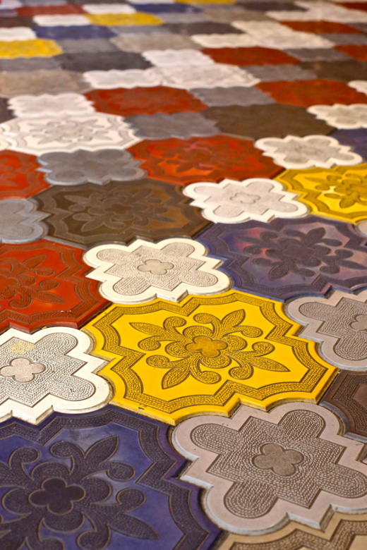 colored-spanish-floor-tiles